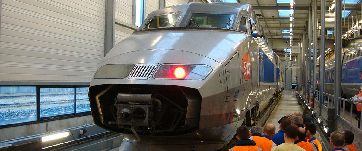 Training at SNCF rail depot