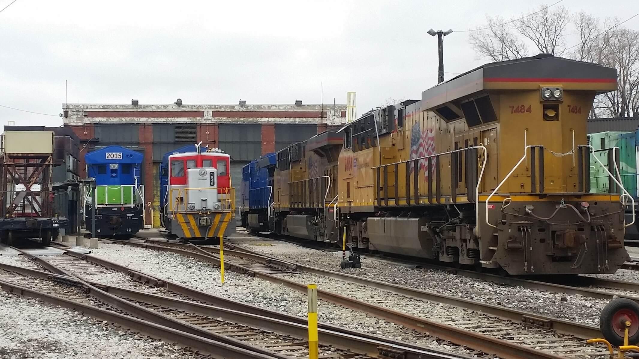 Various GE Transportation locomotives